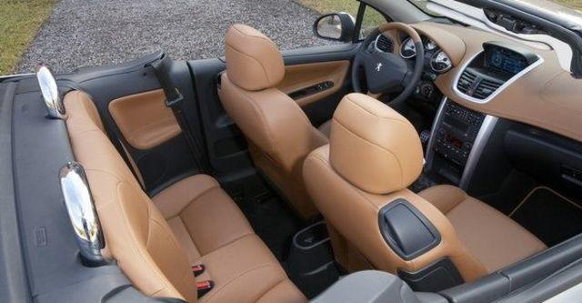 2008 Peugeot 207 CC 1.6  第3張相片