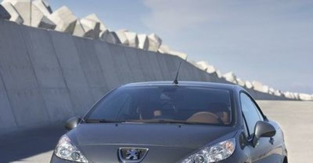 2008 Peugeot 207 CC 1.6  第5張相片