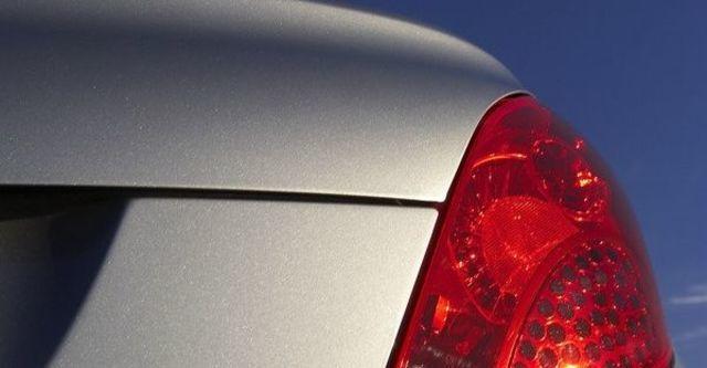 2008 Peugeot 207 CC 1.6  第7張相片