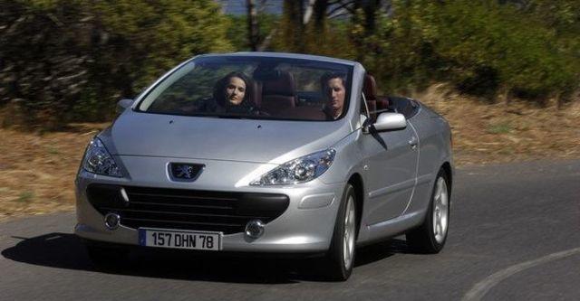 2008 Peugeot 307 CC 2  第3張相片