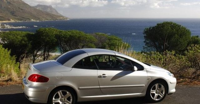 2008 Peugeot 307 CC 2  第9張相片
