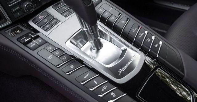 2015 Porsche Panamera S E-Hybrid  第8張相片