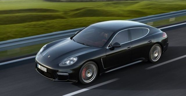 2015 Porsche Panamera Turbo  第2張相片