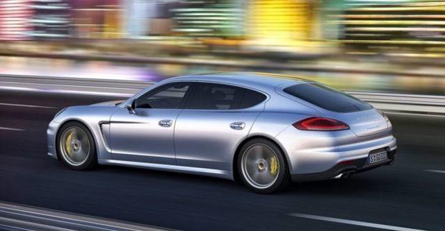 2015 Porsche Panamera Turbo Executive  第2張相片