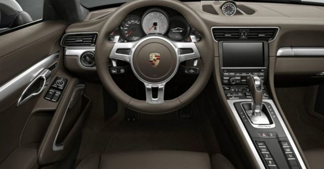 2014 Porsche 911 Carrera 4 Coupe  第9張相片