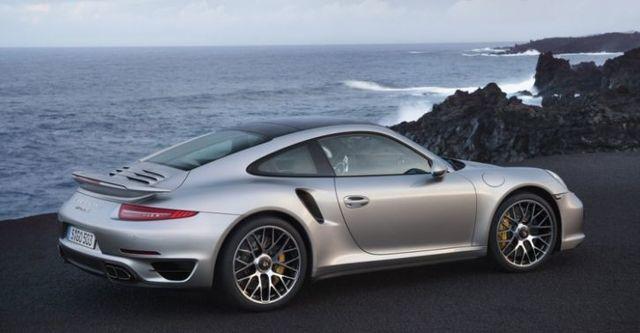 2014 Porsche 911 Turbo S Coupe  第5張相片