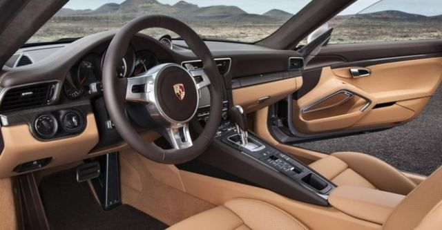 2014 Porsche 911 Turbo S Coupe  第6張相片