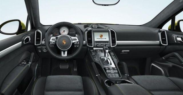 2014 Porsche Cayenne GTS  第6張相片