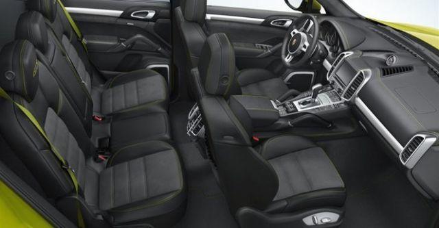 2014 Porsche Cayenne GTS  第8張相片