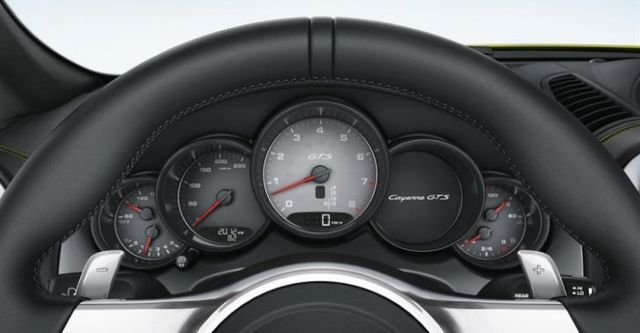 2014 Porsche Cayenne GTS  第10張相片