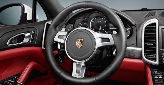 2014 Porsche Cayenne Turbo S Tiptronic  第8張相片