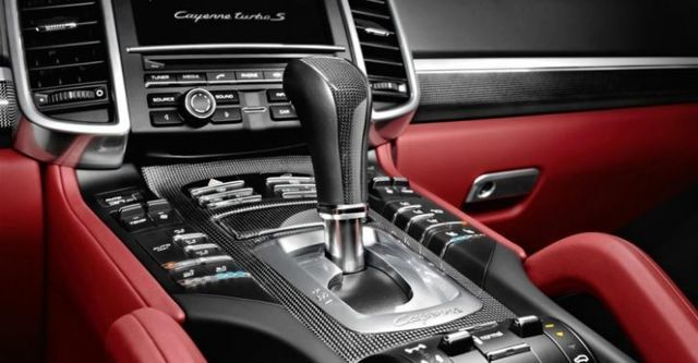 2014 Porsche Cayenne Turbo S Tiptronic  第9張相片