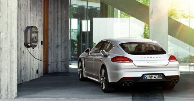 2014 Porsche Panamera S E-Hybrid  第4張相片
