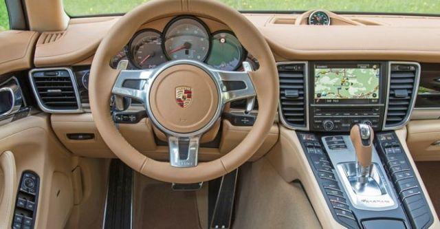 2014 Porsche Panamera V6  第8張相片