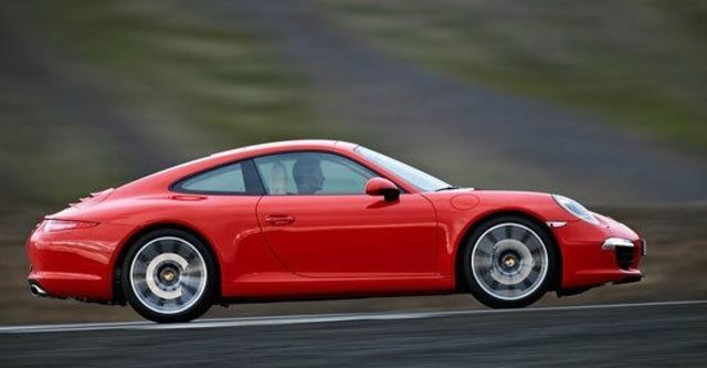 2013 Porsche 911 Carrera Coupe  第6張相片