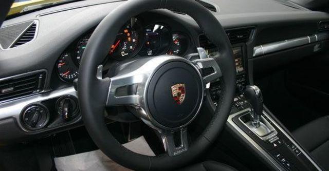2013 Porsche 911 Carrera 4 Coupe  第7張相片