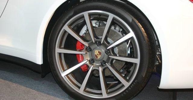 2013 Porsche 911 Carrera 4 S Coupe  第6張相片
