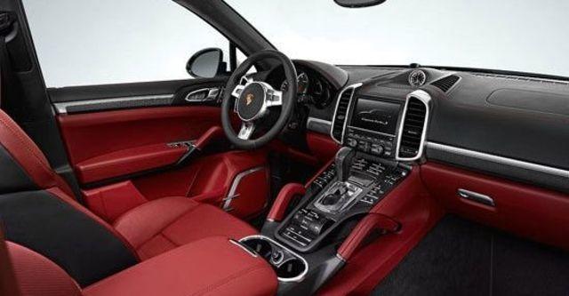 2013 Porsche Cayenne Turbo S Tiptronic  第3張相片