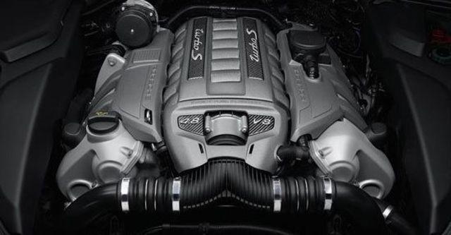 2013 Porsche Cayenne Turbo S Tiptronic  第4張相片