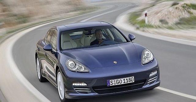 2013 Porsche Panamera 4S  第4張相片