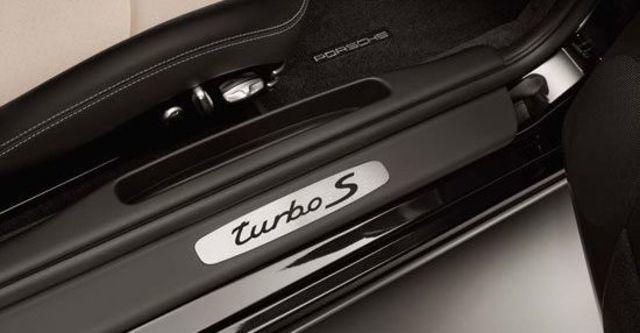 2012 Porsche 911 Turbo S Cabriolet  第7張相片