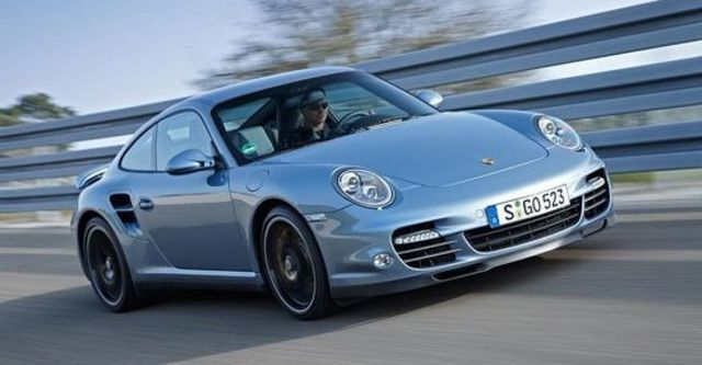 2012 Porsche 911 Turbo S Coupe  第1張相片