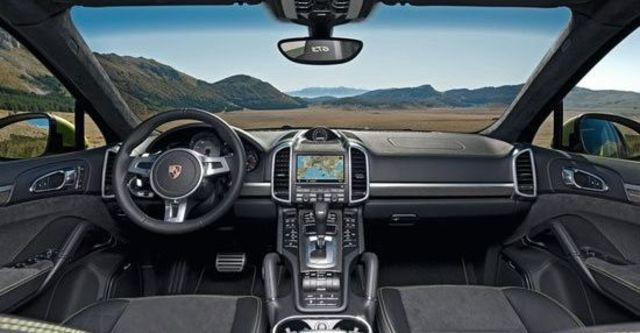 2012 Porsche Cayenne GTS  第4張相片