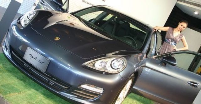 2012 Porsche Panamera S Hybrid  第5張相片