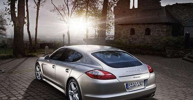 2012 Porsche Panamera V6  第6張相片