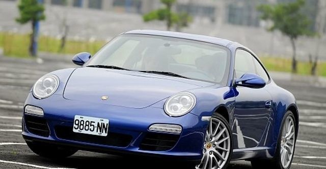 2011 Porsche 911 Carrera Coupe  第1張相片