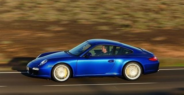 2011 Porsche 911 Carrera S Coupe  第6張相片