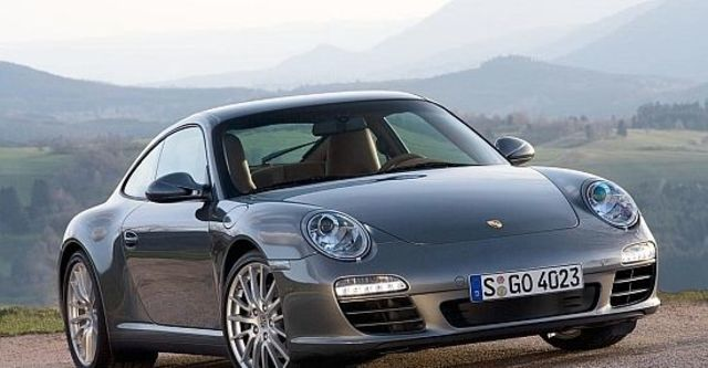 2011 Porsche 911 Carrera 4 Coupe  第1張相片