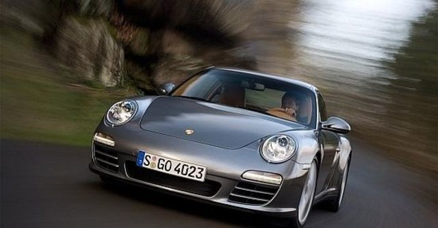 2011 Porsche 911 Carrera 4 Coupe  第4張相片