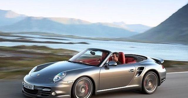 2011 Porsche 911 Turbo Cabriolet  第1張相片