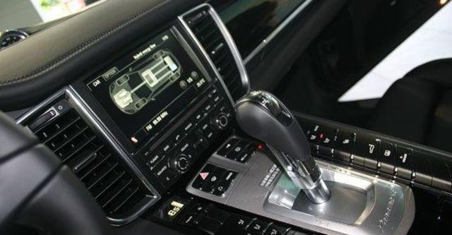 2011 Porsche Panamera S Hybrid  第7張相片