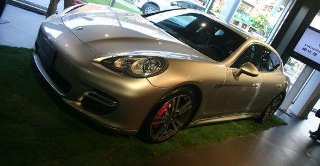 2011 Porsche Panamera Turbo S  第5張相片