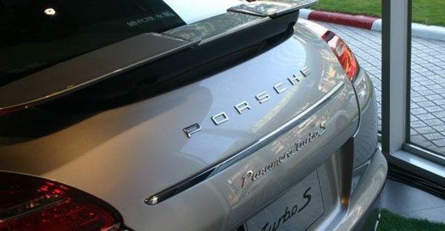 2011 Porsche Panamera Turbo S  第8張相片