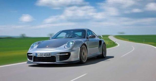2010 Porsche 911 GT2 RS  第9張相片