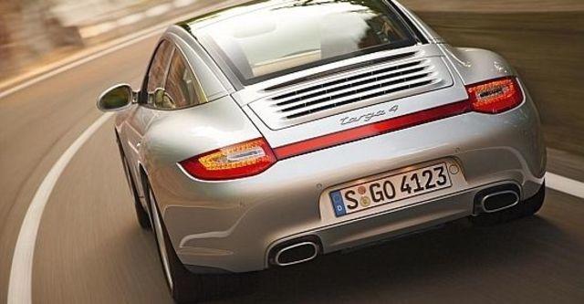 2010 Porsche 911 Targa 4  第7張相片