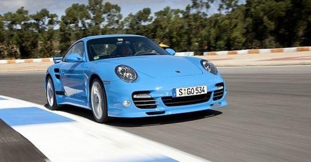 2010 Porsche 911 Turbo Coupe  第1張相片