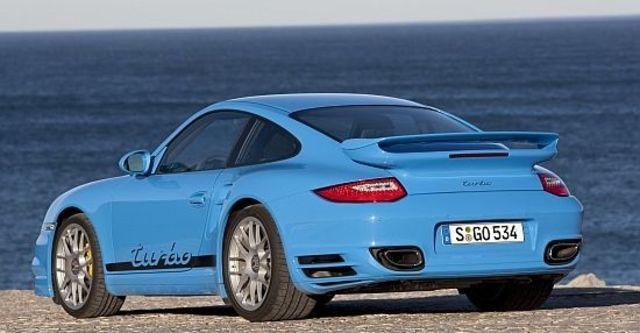 2010 Porsche 911 Turbo Coupe  第7張相片