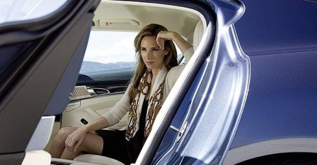 2010 Porsche Panamera 4S  第9張相片