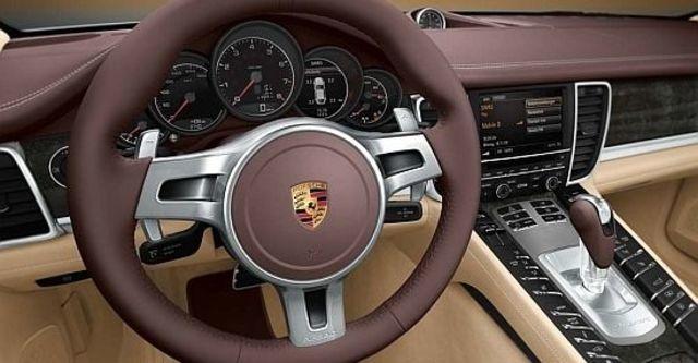 2010 Porsche Panamera 4S  第11張相片