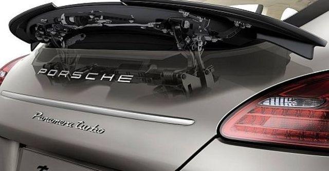 2010 Porsche Panamera Turbo  第9張相片