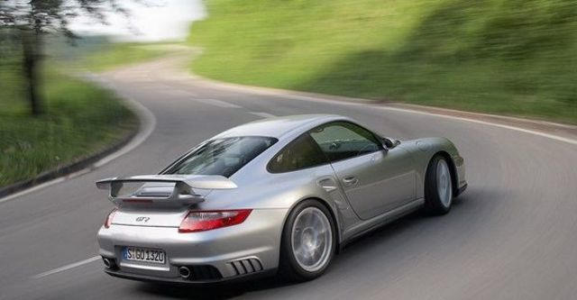 2009 Porsche 911 GT2 Coupe  第4張相片