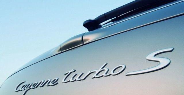 2009 Porsche Cayenne Turbo S  第12張相片