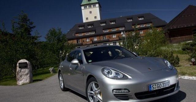 2009 Porsche Panamera Turbo  第2張相片