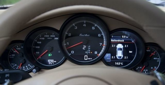 2009 Porsche Panamera Turbo  第7張相片