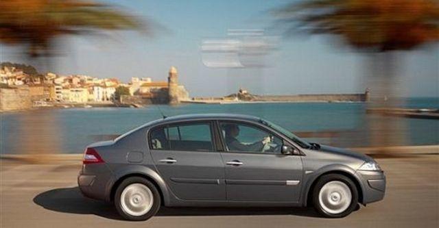 2010 Renault Megane Sedan 1.9 dCi  第3張相片