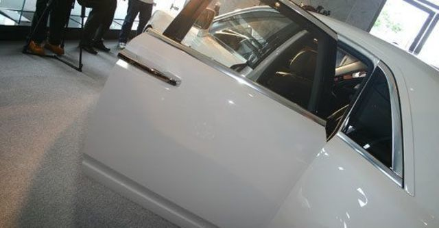 2011 Rolls-Royce Ghost 6.6 V12  第7張相片